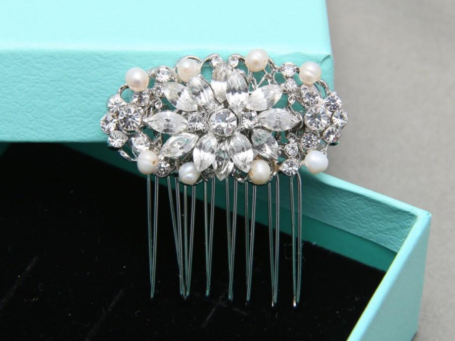 Mariage - Bridal Hair Comb, Wedding Hair Comb, Olive Shape Star Vintage Style Hair Comb, Freshwater Pearl Rhinestone Crystals Bride Hair Accessory