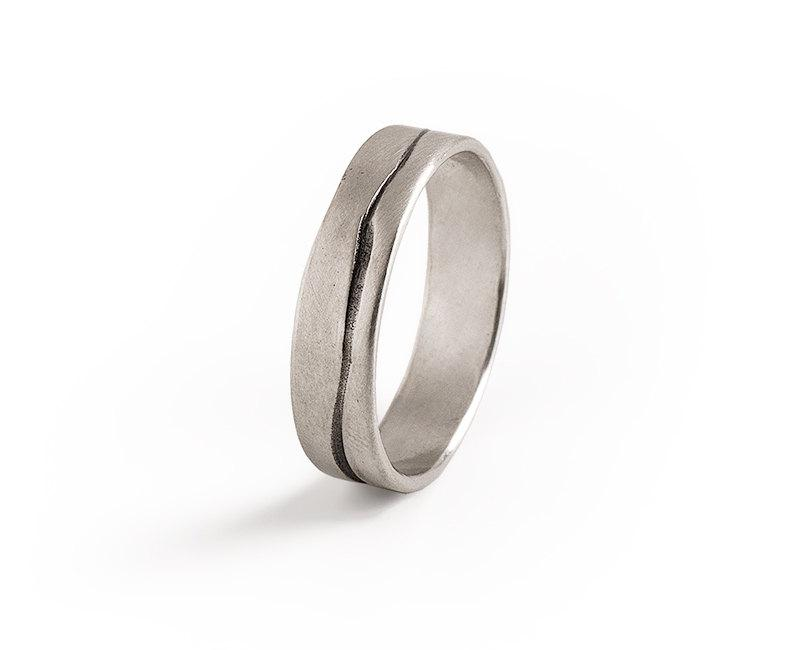 Свадьба - Men Grooved Ring, Mens Wedding Band,Sterling Silver Wedding Ring, Oxidized Silver Ring.