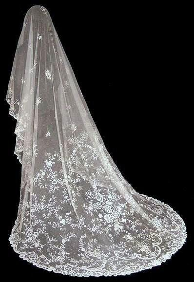 زفاف - MAGNIFICENT Antique Victorian Princess Lace Wedding Bridal Veil