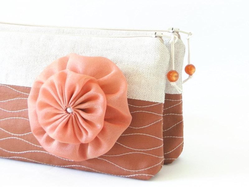 Mariage - Auburn Clutches, Farmhouse Wedding Bags, Set of 6, Bridesmaids Gift Bags, Garden Wedding Purses, Rustic Handbags