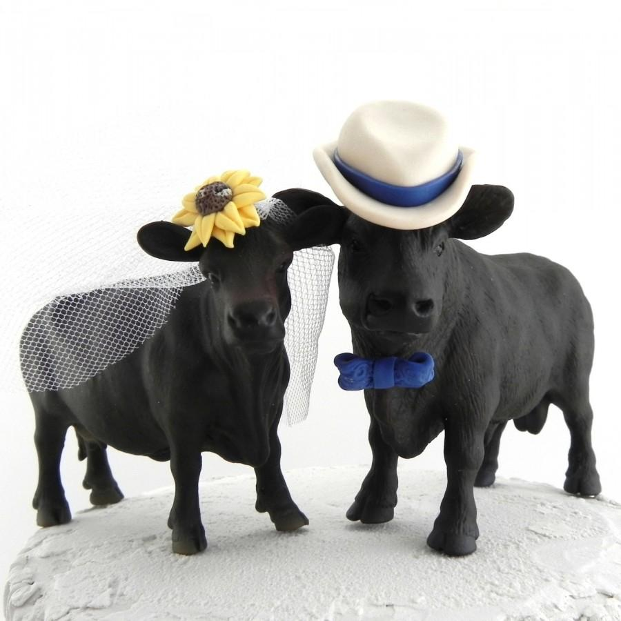 Mariage - Angus Cow Cake Topper for Texas, Ranch or Country Western Wedding