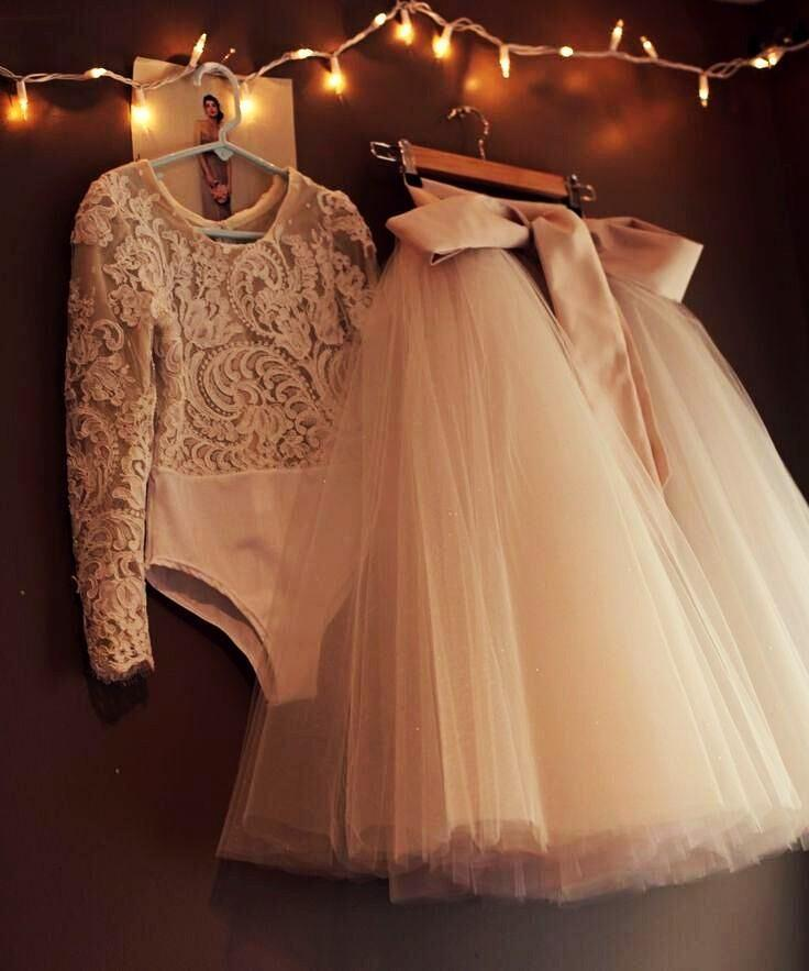 Modest Two Pieces Evening Dresses Long Tutu Tulle Ribbon Lace Long