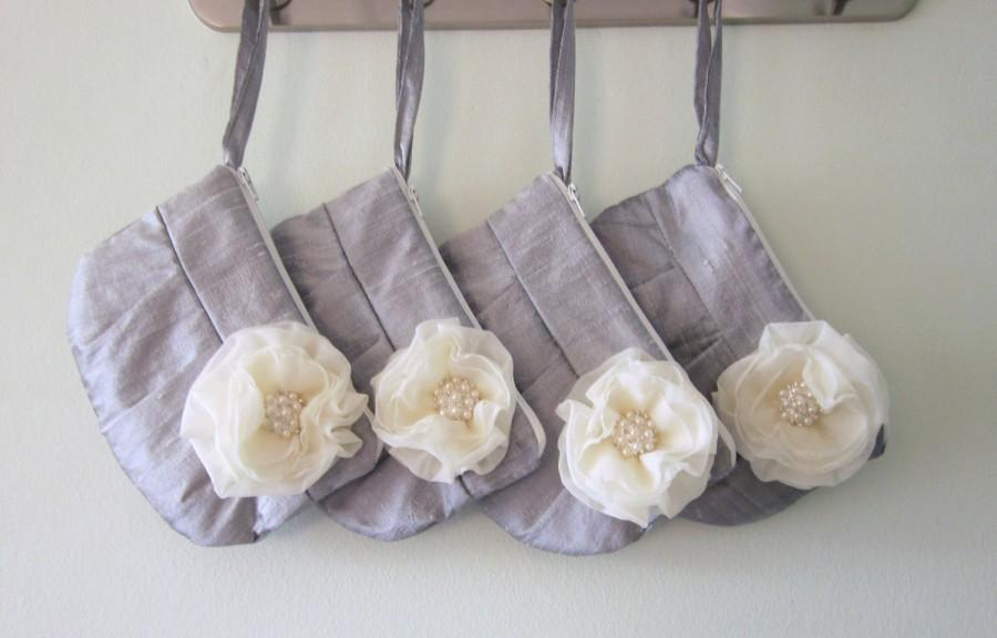 Wedding - Set of 4 Bridesmaid Clutch - Grey / Silver hidden Wristlet Clutch - Perfect Bridesmaid Gift (available in all colours)