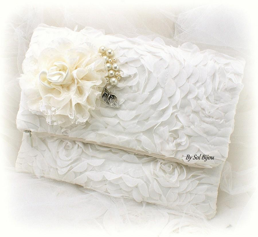 Mariage - Ivory Clutch, Off White, Bridal Clutch, Handbag, Purse, Mother of the Bride, Maid of Honor, Lace, Pearls, Chiffon, Vintage Inspired, Elegant