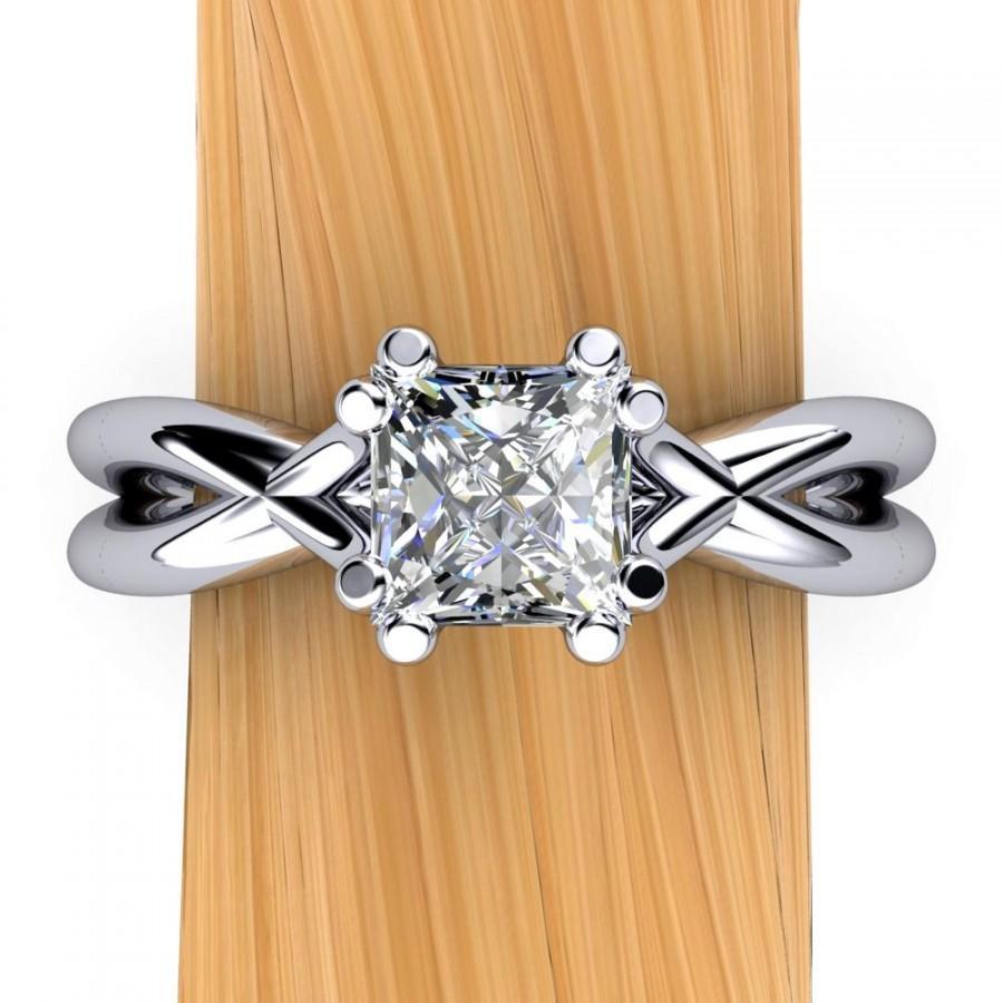 زفاف - Platinum Princess Cut Diamond Engagement Ring, Split Shank, Half Carat - Free Gift Wrapping