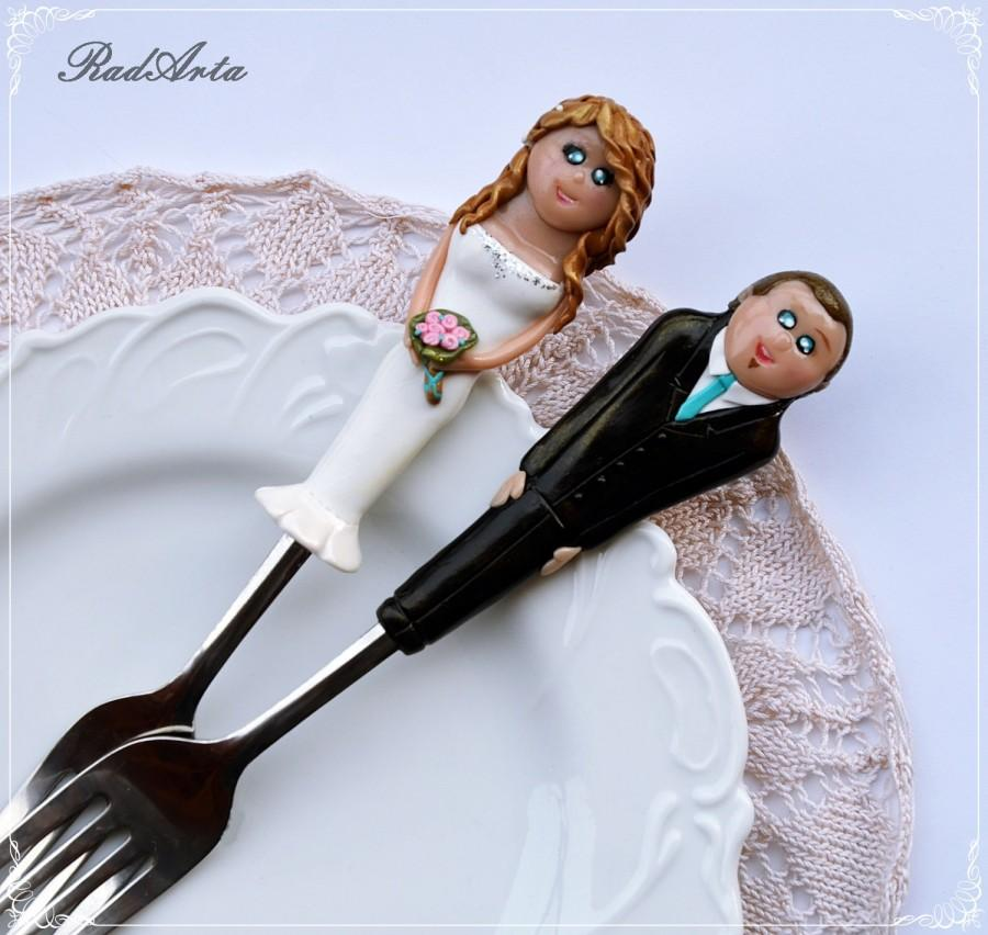Personalized Wedding Cake Topper And Forks Bride And Groom Polymer Clay Unique Wedding Cake
