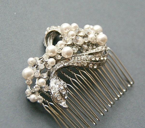 Свадьба - Bridal Vintage Hair Comb, Rhinestone Hair Comb, Swarovski Pearl Accented Bridal Hair Comb, Vintage Wedding Hair Accessories for Bride