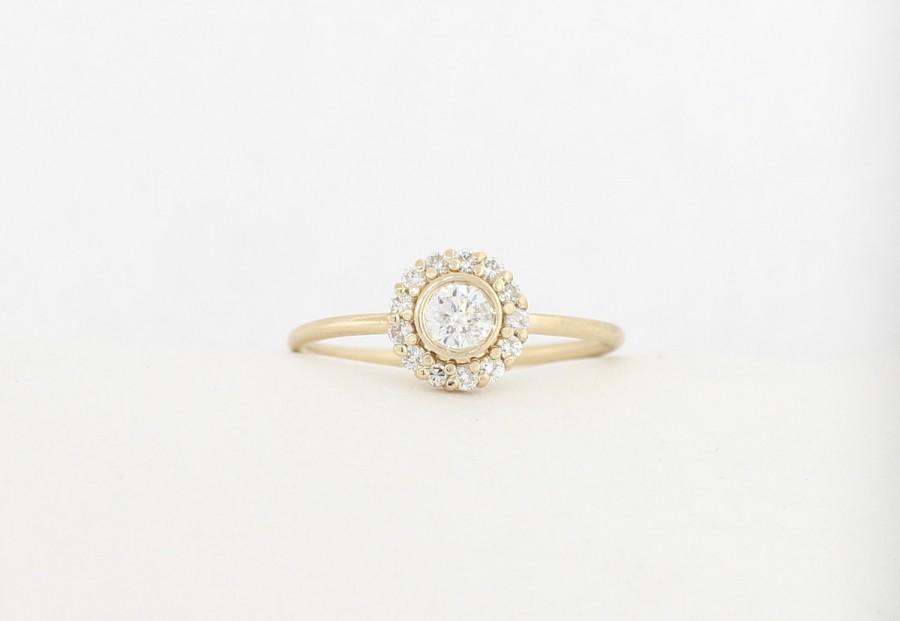 14K Yellow Gold Halo Set Engagement Ring Round Brilliant Cut
