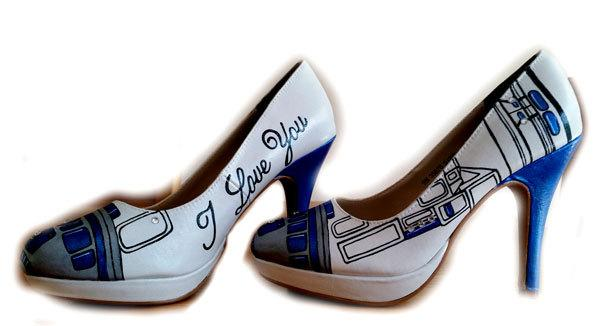 Свадьба - Not Available until January 1, 2016, R2D2 Wedding Shoes, Custom Painted Shoes, Star Wars, Hand Painted, Shoes Not Included