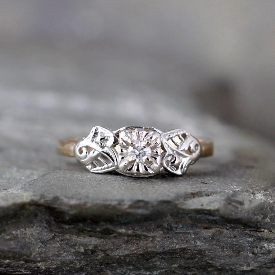 Mariage - Vintage Diamond Engagement Ring -  Circa 1960's - Retro Engagement Ring - 14K Yellow and White Gold