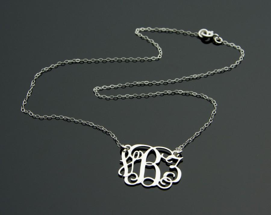 زفاف - Sterling Silver Monogram Necklace - 925 Silver pendant with Vine Interlocking Monogram - Wedding gift - Initial Jewelry - Silver Monogram