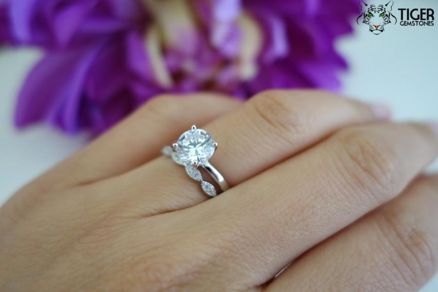 Hochzeit - SALE 1.5 Carat Art Deco Round Solitaire Wedding Set, Man Made Diamond Simulants, Engagement Ring, Promise Ring, Bridal Ring, Sterling Silver