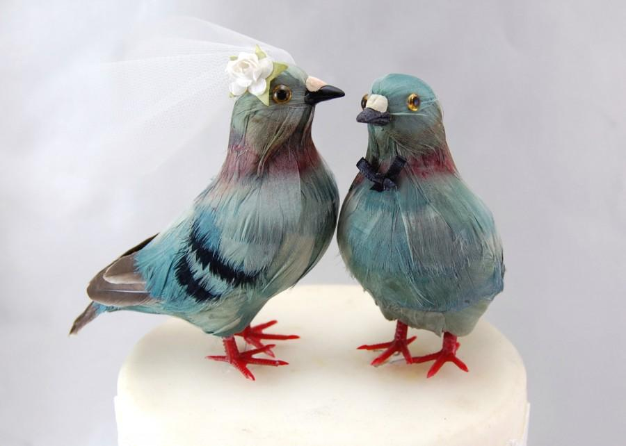 Mariage - PRE-ORDER - Pigeon Cake Topper: Unique Bride and Groom Love Bird Wedding Cake Topper