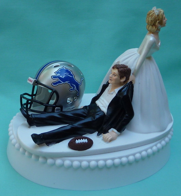 Wedding - Wedding Cake Topper Detroit Lions Football Themed w/ Bridal Garter Sports Fans Funny Bride and Groom Humorous Unique Original Groom's Top