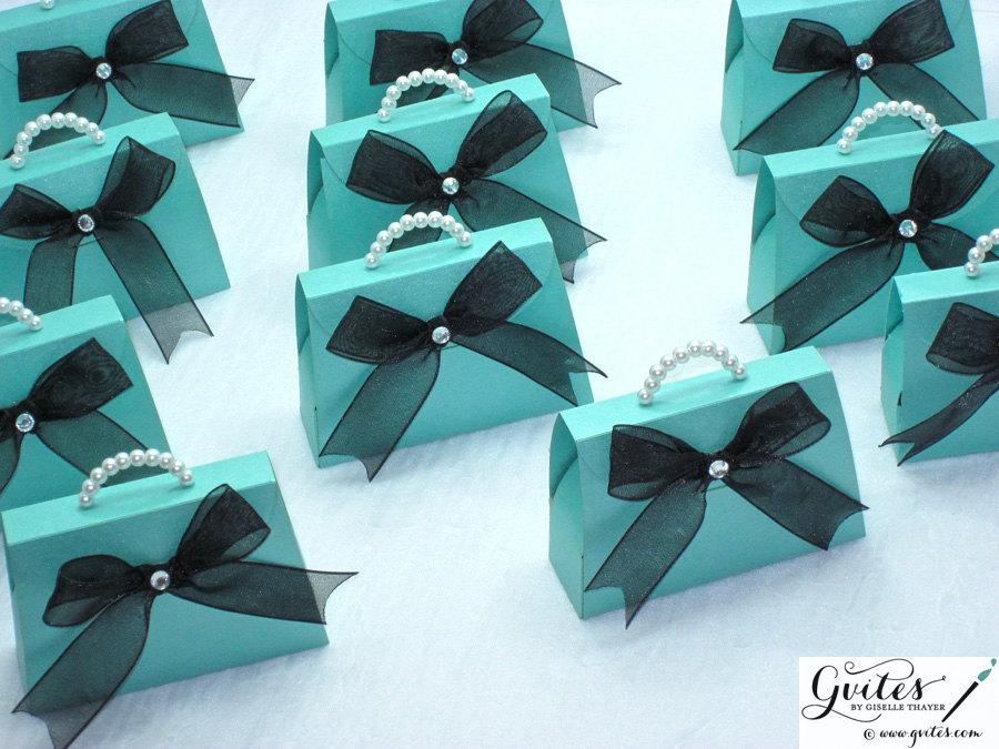 Свадьба - Mini paper purse gift boxes, party favors, decorations, red and turquoise blue boxes, breakfast theme, couture gift bags with pearls.
