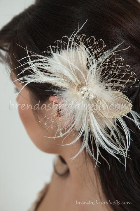 Mariage - Champagne and Ivory Feather Peacock Birdcage Fascinator with Fresh Water Pearl and Rhinestone Center - Calissa