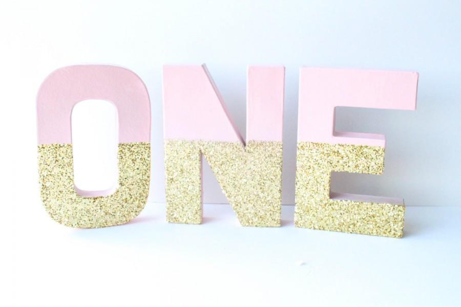 "Mariage - Gold and Blush Glitter Letters, ""ONE"", 1, 1st Birthday, Birthday Party Decor, Paper Mache Letters, Home Decor, Gold Paper Mâché Letters"