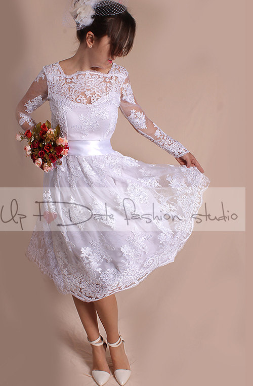 Wedding - Plus Size short wedding party/reception dress / lace / knee length/ Bridal Gown