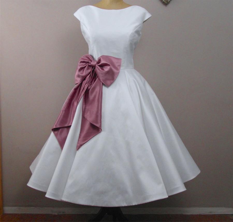 Hochzeit - Lola-Rose Tea length wedding dress