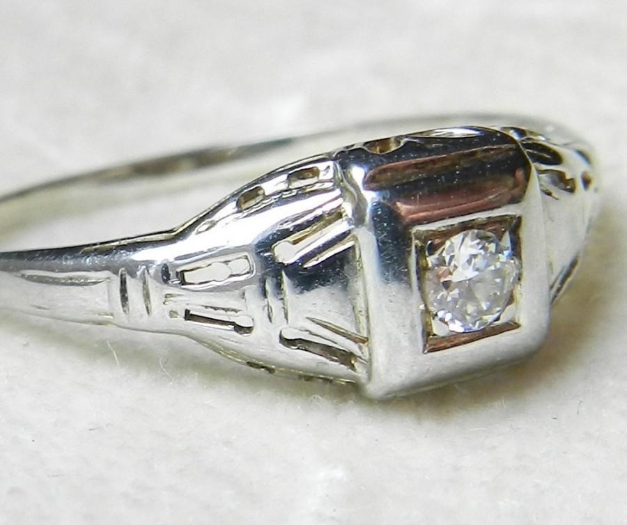 Mariage - Art Deco Ring Vintage Engagement Ring Desirable Transitional Cut Diamond Art Deco Engagement Ring 14k White Gold