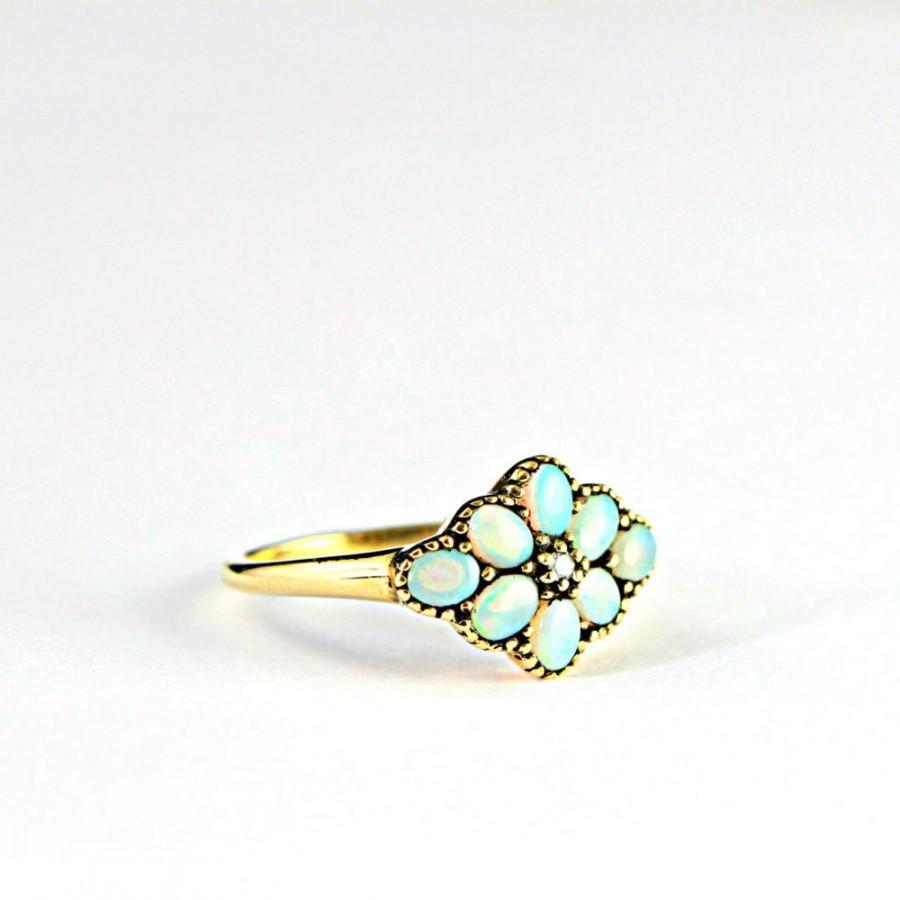 زفاف - Opal antique style handmade ring in 9 carat gold for her