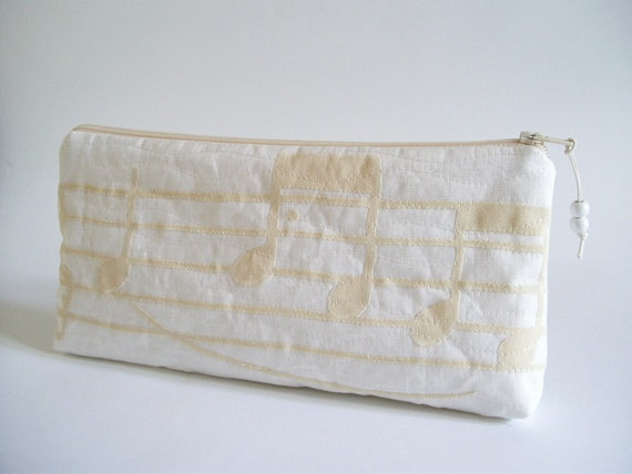 Свадьба - Music Notes Ivory Purse, Ivory Wedding Clutch, Gift for Musician, Gift for Music Teacher, Jazz Lover Clutch