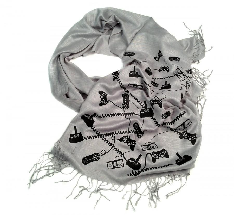 Mariage - Video Game scarf. Gaming controller linen weave pashmina. Gamer gift, video game lover. For him or her. More colors available!