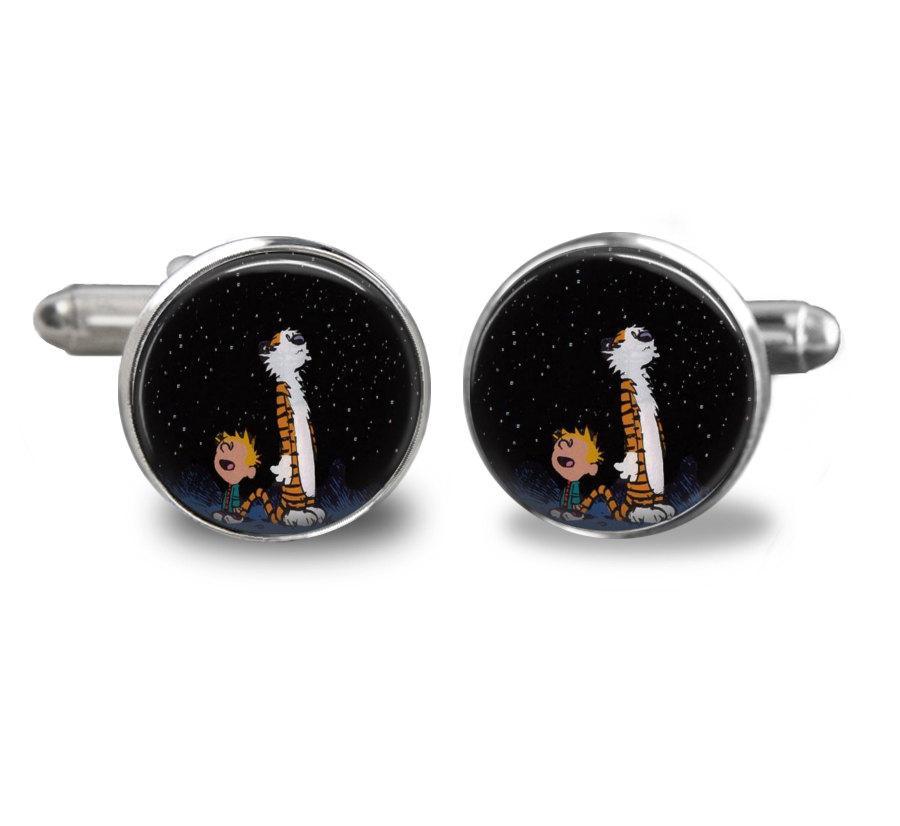 Hochzeit - Calvin and Hobbes Handmade Cufflinks