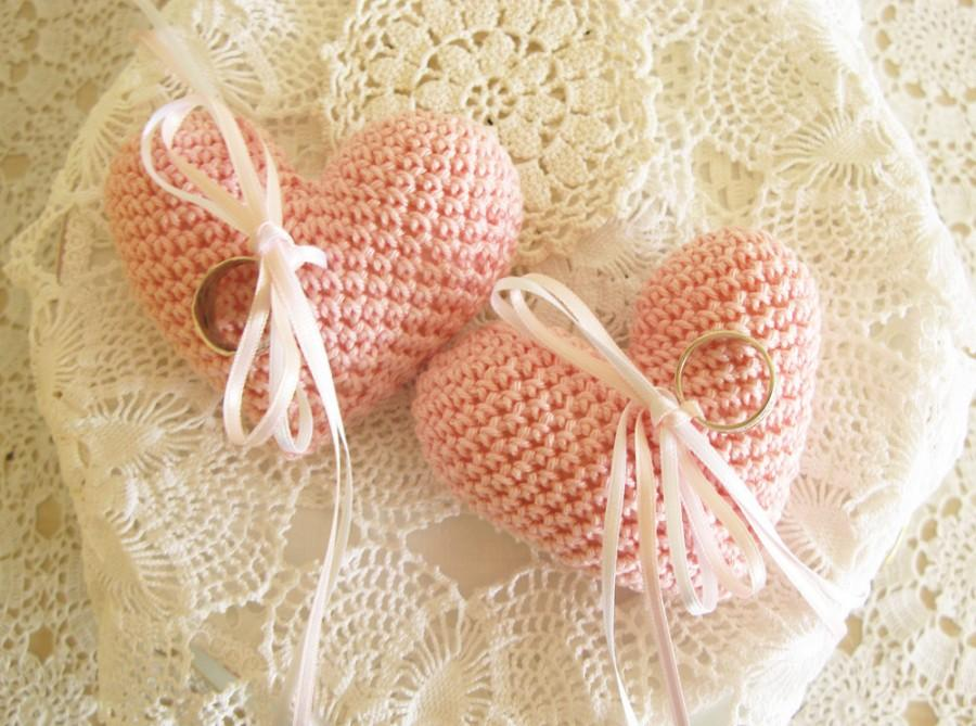 Свадьба - Pink Wedding Ring Pillow, Heart Ring Bearer, Crochet Ring Pillow, Soft Pink