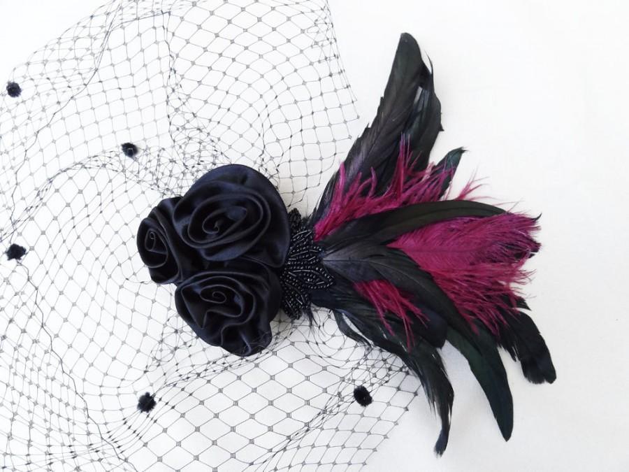 زفاف - Black Birdcage Veil, Feather Fascinator, Black Rose, Satin, Chenille Dot, Iridescent Green, Victorian, Gothic - Batcakes Couture