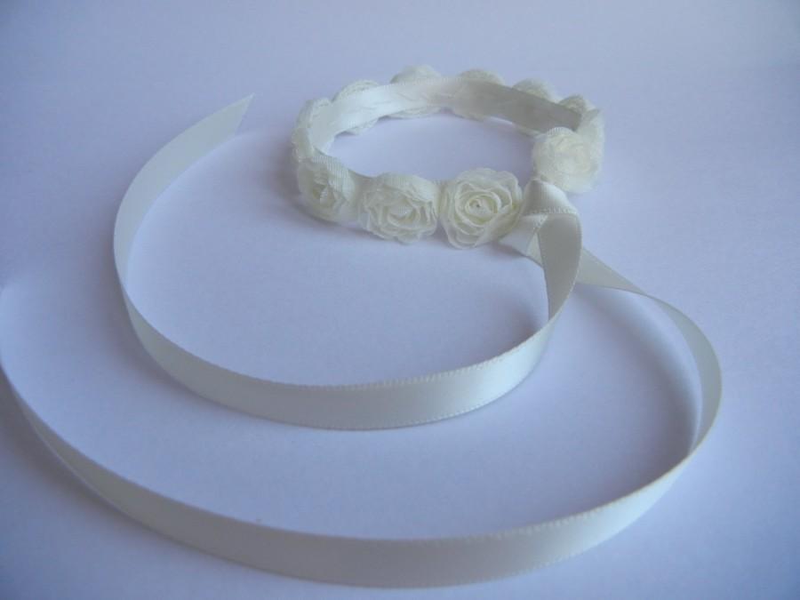 Mariage - Ivory Bun Wrap. Bridal Hairpiece. Flower Hairpiece. Chiffon Hair Accessory. Pearl Hairpiece.