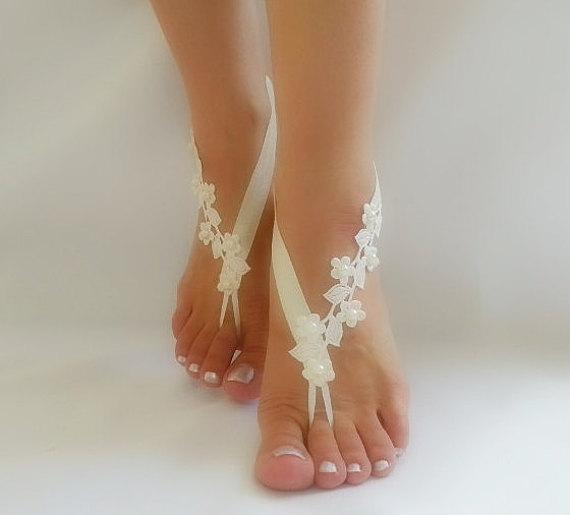 Mariage - bridal anklet, ivory Beach wedding barefoot sandals, bangle, wedding anklet, free ship, anklet, bridal, wedding