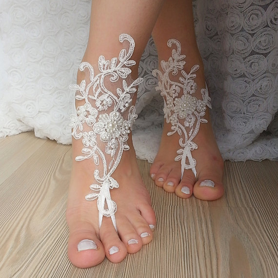 Hochzeit - Beach wedding barefoot sandals FREE SHIP embroidered sandals, ivory Barefoot , french lace sandals, wedding anklet,