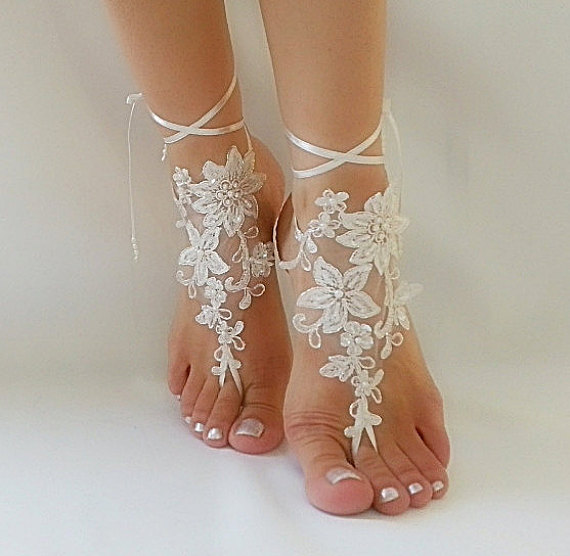 Hochzeit - Free Ship ivory bridal bangle, sandals, beach wedding barefoot sandals, wedding bangles, anklets, bridal, wedding