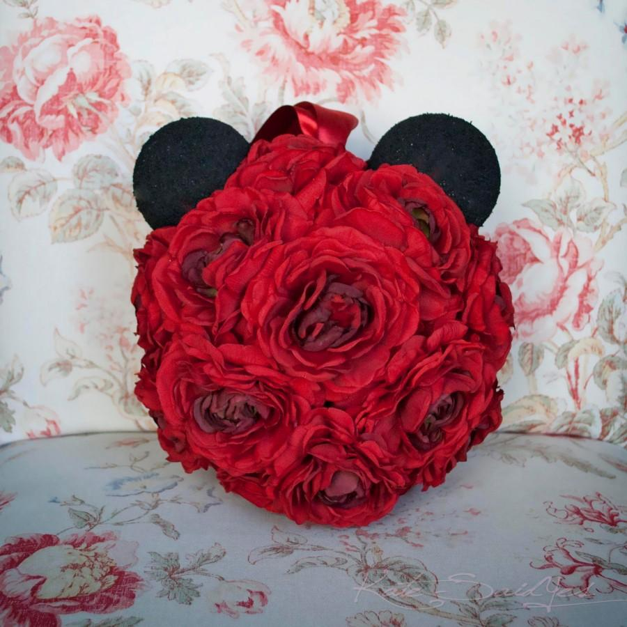 Boda - Mickey Mouse Pomander - Red Ranunculus Wedding Pomander
