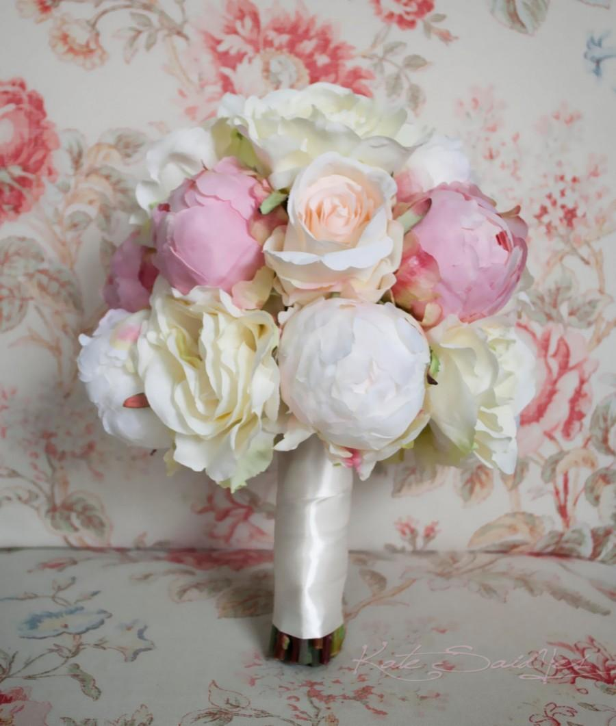 Hochzeit - Peony and Rose Wedding Bouquet - Ivory and Blush Peony and Rose Wedding Bouquet