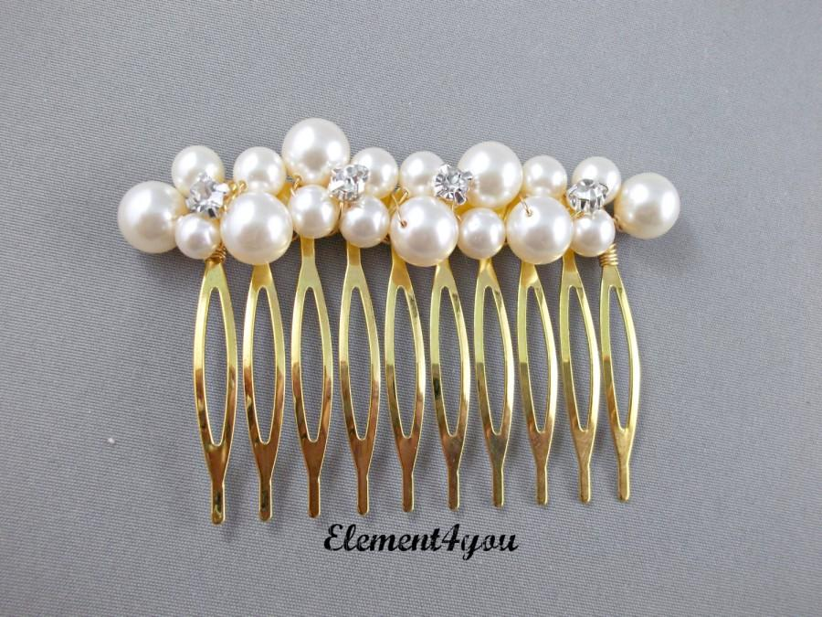 Mariage - Bridal comb Hair Fascinator Wedding comb Swarovski pearls cluster Rhinestone Champagne Ivory Silver gold comb Wedding hair piece Fall