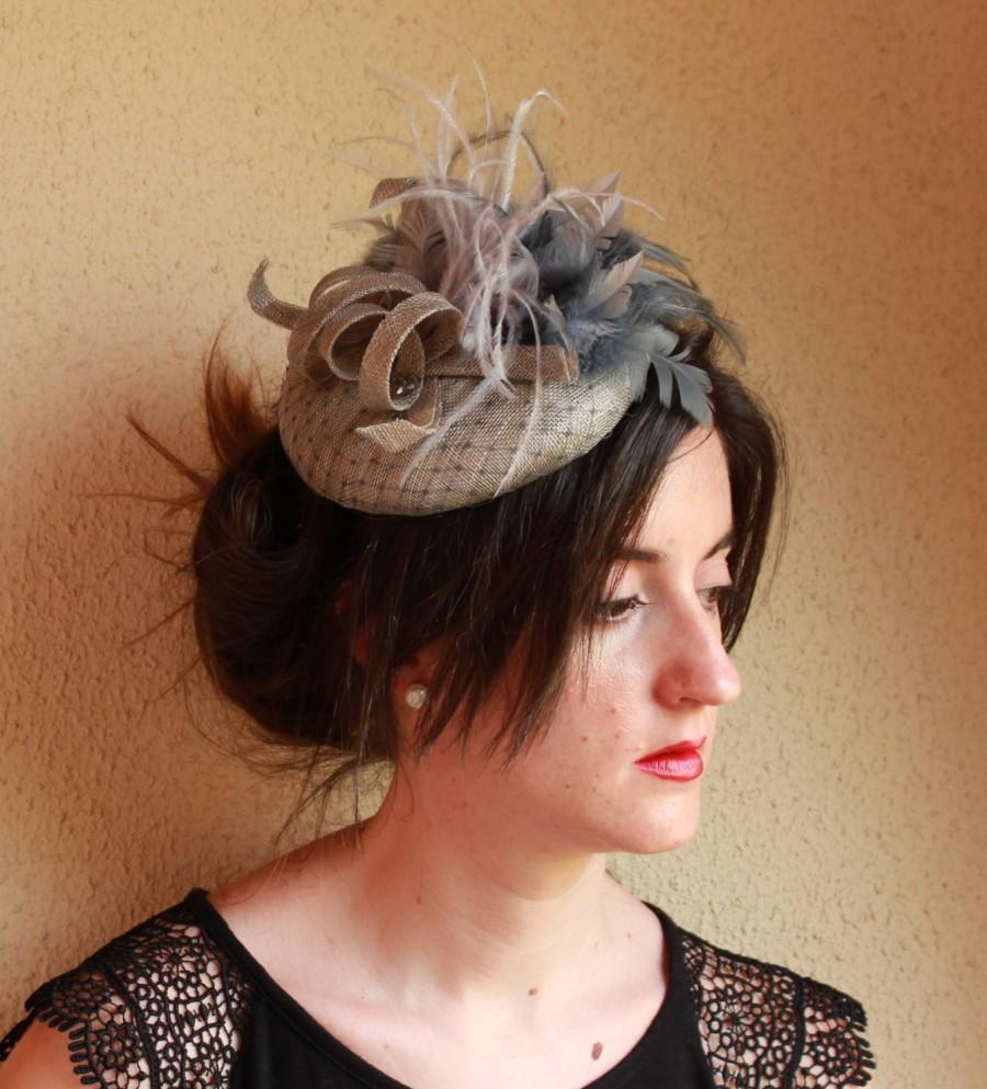 Свадьба - Grey Fascinator Hat, Ascot Race Hat, Melbourne Race Hat, Grey Cocktail Hat, Sinamay Hat, Fascinator Headband, Wedding Hair Complement