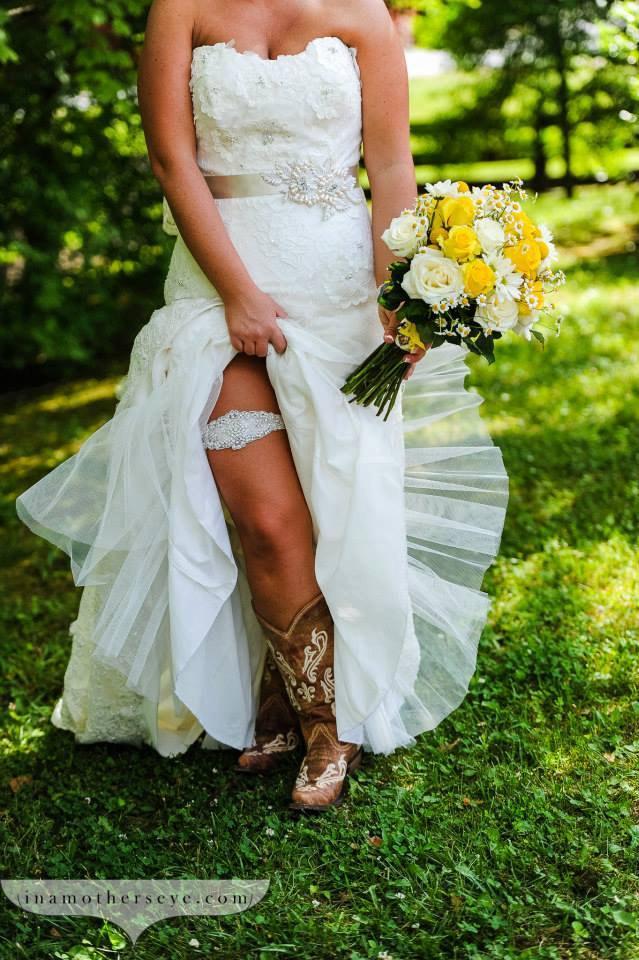 Wedding - Wedding Garter - Bridal Garter - Pearl and Crystal Rhinestone Garter