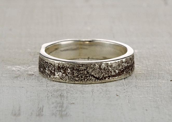 Mariage - Syracuse Ring - Sterling Silver or 14kt Customizable Sycamore Bark Wedding Ring