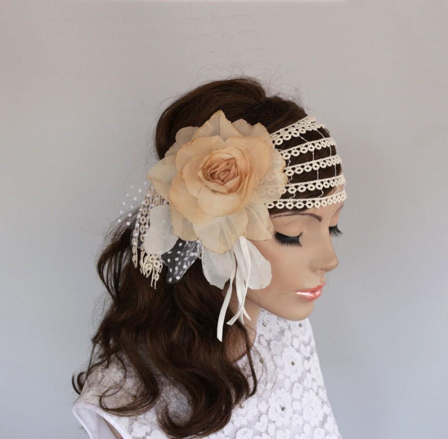 Mariage - Juliet Cap Veil, Rustic Bridal Headpiece, Retro Wedding Headband, Headdress Fascinator Ecru Antic Beige Lace Hair Blush Silk Flower Handmade