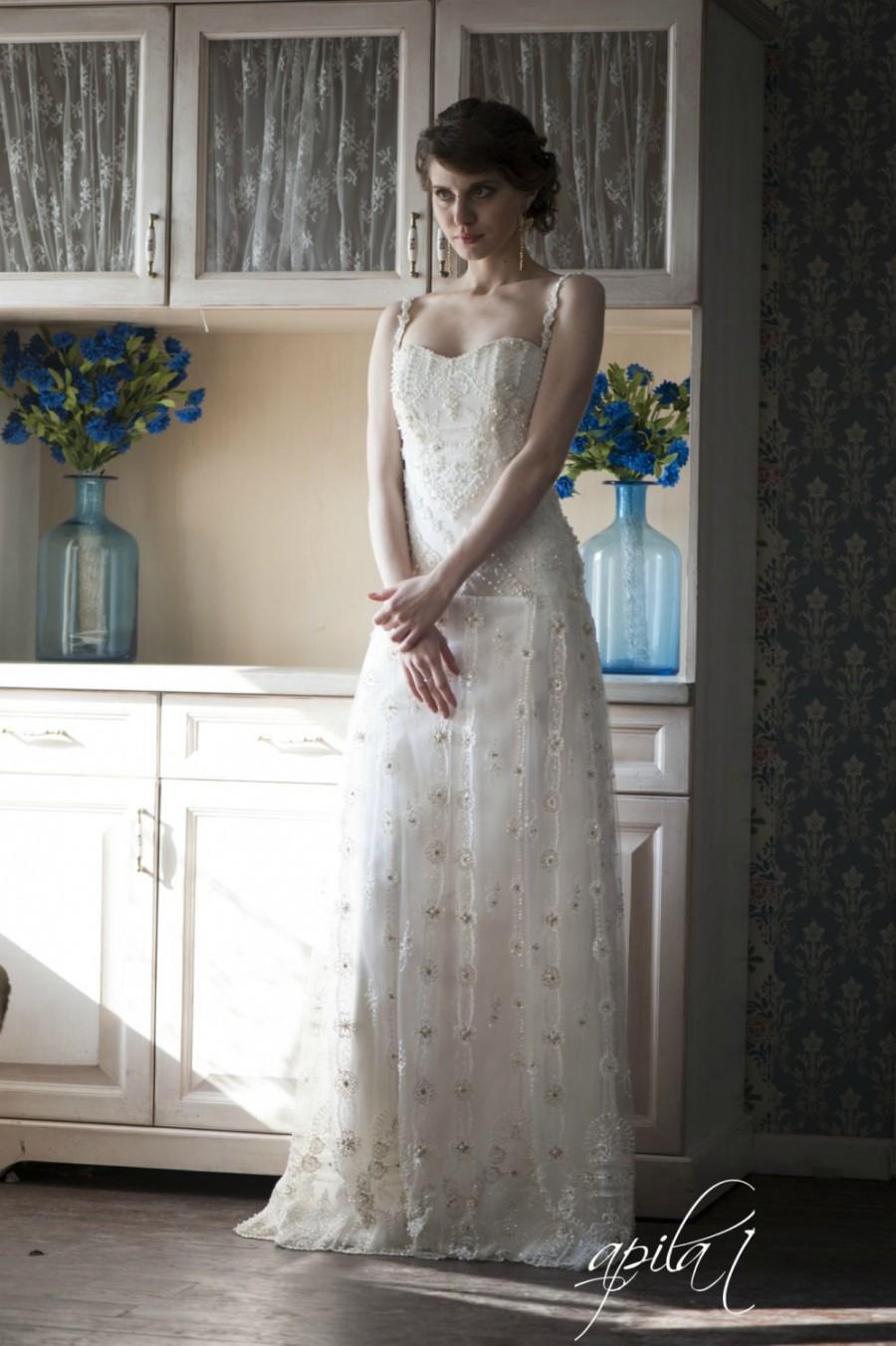 زفاف - Lace Long Wedding Dress, Bridal Dress with Pearls and Lace L2, Romantic wedding gown, Classic bridal dress, Custom dress, Rustic gown