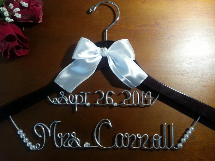 زفاف - Peronalized wedding hanger, bridesmaid hanger, bridal hanger,mother of the bride hanger.