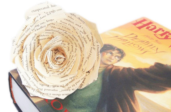 Mariage - Book flower, Book page flowers, Page Rose, Book paper Rose, Paper book Flower, Bridal flowers, Harry Potter book flower, Baby shower decor