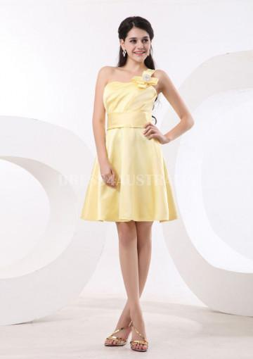 Wedding - Buy Australia A-line One-shoulder Daffodil Satin Knee Length Bridesmaid Dresses 8132028 at AU$130.15 - Dress4Australia.com.au