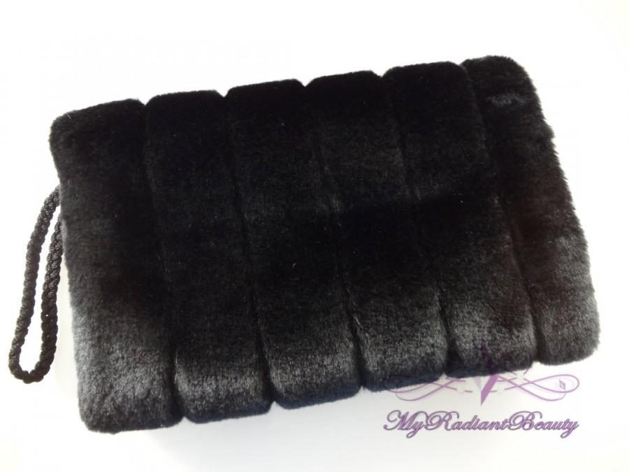 Hochzeit - Black  Mink Fur Hand Muff, Black Wedding Hand Warmer, Faux Fur Wrap Shrug, Bridal Fur Muff MHM108-BLK