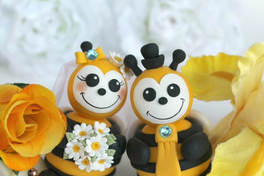 Wedding - Bee wedding cake topper, personalized bee bride and groom, funny cute cake topper with banner