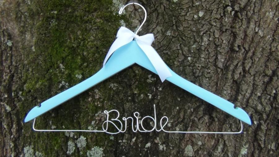Mariage - SOMETHING BLUE Personalized Keepsake Bridal Hanger, BLUE Bridal Shower Gift idea,Custom Made Wedding Hangers with Names, Wedding Photo Props