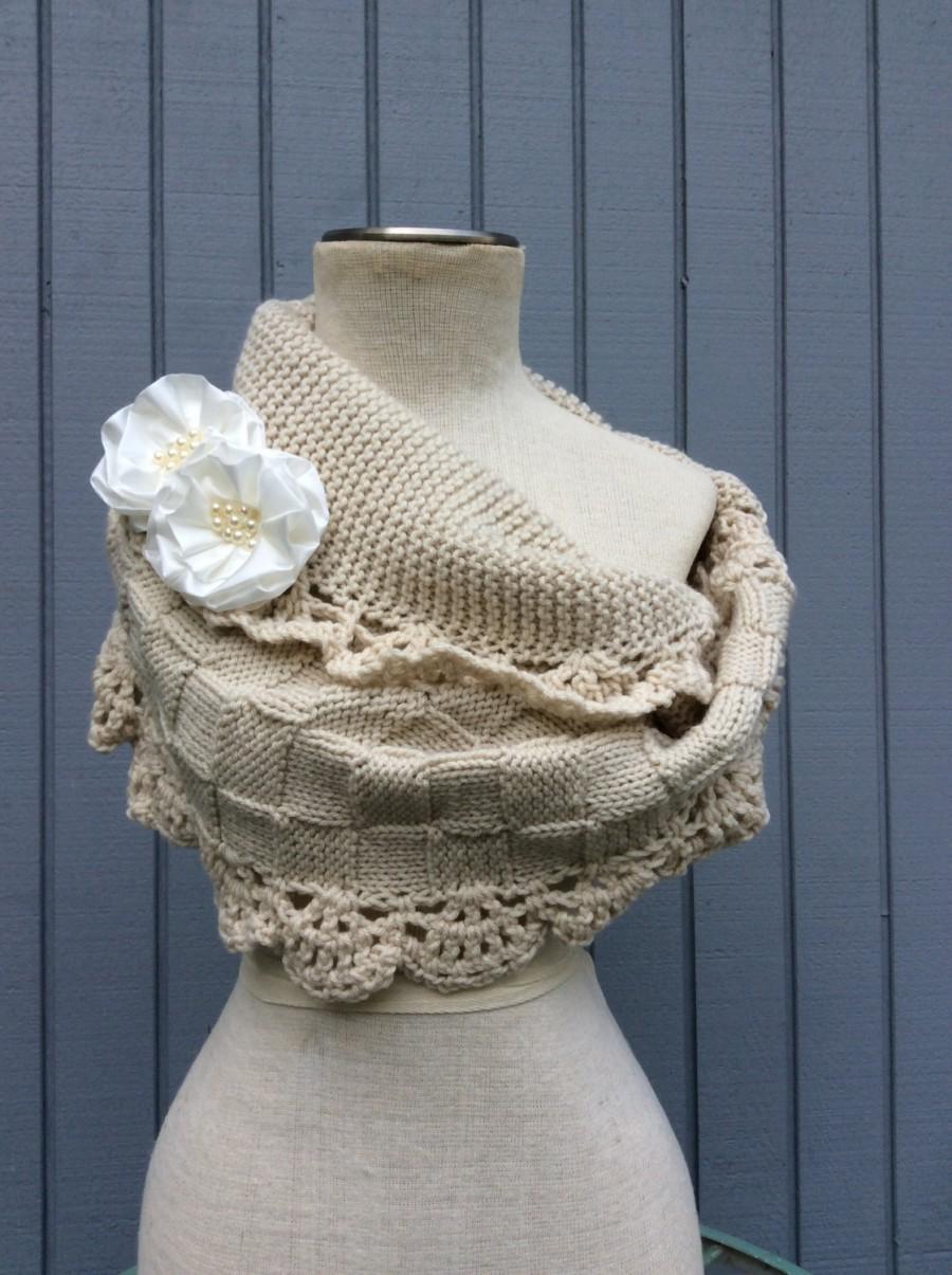Mariage - Wedding Shawl / Bride Bolero /Shrug / Ivory Shawl with flowers / Custom Hand Knit