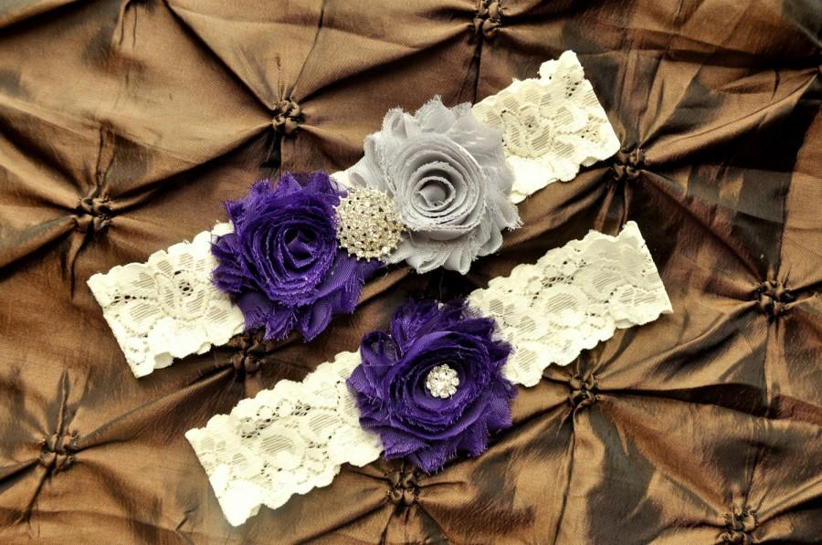 Свадьба - Wedding Garter Set, Bridal Garter Set - Ivory Lace Garter, Keepsake Garter, Toss Garter, Shabby Chiffon Purple and Gray Wedding Garter
